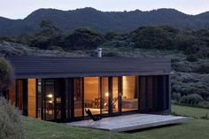 "nonconcept: "" Storm Cottage, located on the east coast of Great Barrier Island, in New Zealand by Fearon Hay Architects. (Photography: Patrick Reynolds) """