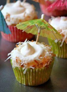 Baked Perfection: Pina Colada Cupcakes no alcohol Baking Cupcakes, Yummy Cupcakes, Cupcake Cookies, Cupcake Recipes, Dessert Recipes, Liquor Cupcakes, Cocktail Cupcakes, Cupcake Mix, Coconut Cupcakes