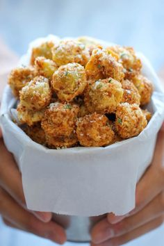 Parmesan Tortellini Bites - Crisp, crunchy, parmesan-loaded tortellini bites - so good, you won't be able to stop eating these!