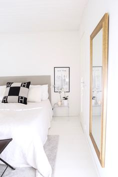 Homevialaura | white bedroom White Bedroom, Perfect Place, Sweet Home, Rooms, House Design, Spaces, Interior Design, Blog, Furniture