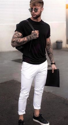 white jeans outfit men- how to style white jeans Outfit Jeans, White Jeans Outfit Mens, Shirt Outfit, Best Mens Fashion, Dope Fashion, Fashion Photo, Swag Fashion, Style Fashion, Mode Masculine