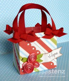 b4222e59d926 Cute little Christmas basket made using Art Philosophy Cricut Cartridge  Paper Purse