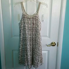 Beautiful charming Charlie dress Beautiful charming Charlie dress. Perfect for a spring or summer wedding! Never worn. With tags! Charming Charlie Dresses
