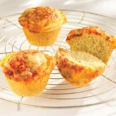 Pizza Corn Muffins - What kid doesn't like pizza? A perfect after-school snack that's low in fat. Pack a few in the backpack for lunch.