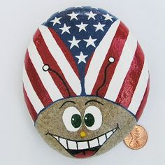 Painted rocks have become one of the most addictive crafts for kids and adults! Want to start painting rocks? Lets Check out these 10 best painted rock ideas below. Stone Crafts, Rock Crafts, Arts And Crafts, Flag Painting, Stone Painting, Patriotic Crafts, July Crafts, Patriotic Party, Rock Painting Designs