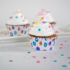Hummingbird Cupcakes with Vanilla Bean Marshmallow or Cream Cheese Frosting