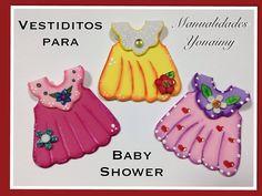 VESTIDITO PARA  BABY SHOWER HECHO CON FOAMY O GOMA EVA .