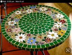 Mosaic Tile Designs, Mosaic Tile Art, Mosaic Artwork, Mosaic Crafts, Mosaic Projects, Mosaic Patterns, Mosaic Birdbath, Mosaic Tray, Mosaic Pots