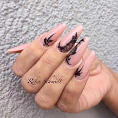 Beautiful nail art designs that are just too cute to resist. It's time to try out something new with your nail art. Fabulous Nails, Gorgeous Nails, Pretty Nails, Gel Nail Art, Acrylic Nails, Gothic Nails, Modern Nails, Crazy Nails, Manicure E Pedicure