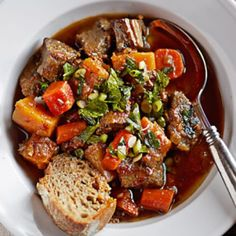 Slow Cooker Braised Beef with Autumn Vegetables, Williams-Sonoma Vegetable Recipes, Meat Recipes, Slow Cooker Recipes, Crockpot Recipes, Cooking Recipes, Vegetable Stew, Pumpkin Vegetable, Skillet Recipes, Cooking Tools