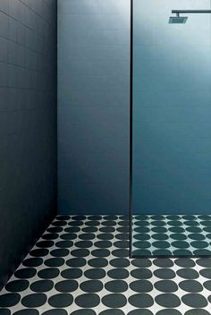 Stunning Shower Room Ideas: Interior Inspiration For Shower Enclosures Small Bathroom With Shower, Shower Set, Simple Bathroom, Shower Rooms, Loft Bathroom, Master Bathroom, Imperial Bathrooms, Digital Showers, Shower Fittings