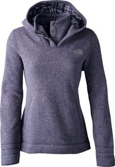 Stay warm and cozy outdoors well into the night in The North Face's Women's Crescent Sunset Hoodie. This relaxed-fit lofty sweater-knit fleece pullover is as soft as your favorite blanket. Hollow-core flannel lining covers you from hood to torso in sleek styling and comfortable warmth. Snapped center-front placket shields your chin and neck from the wind. Two hand pockets. 100% polyester.