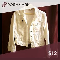 NWOT White Denim Jacket Perfect spring/summer jacket! I bought this and never wore it. Merona Jackets & Coats Jean Jackets