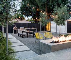 patio design Welcome to a new collection of outdoor designs featuring 15 Startling Contemporary Patio Designs For Your Backyard. No Grass Backyard, Gravel Patio, Backyard Landscaping, Pea Gravel, Desert Backyard, Cement Patio, Concrete Pavers, Small Garden Ideas No Grass, Barbecue Ideas Backyard