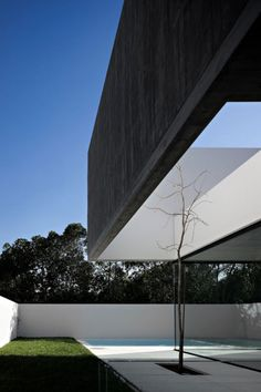 House in Juso by ARX Portugal Arquitectos