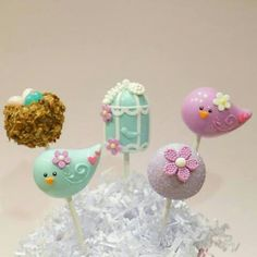 Baby bird theme cake pops