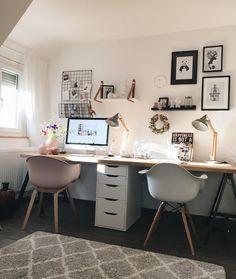 bureau à domicile - Büro & Home Office Home Office Layouts, Home Office Space, Home Office Desks, Office Ideas, Creative Office Space, Apartment Office, Ikea Office, Home Office Lighting, Desk Space