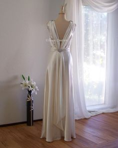 Marielle - Retro Glam Bridal Gown. Vintage Inspired Wedding Dress.