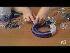 Jak zrobić ozdobną bombkę z szyszek. - YouTube