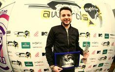"""Dacă în anii precedenți se punea problema nominalizării la categoria """"Cel mai bun Dj rezident"""" și DJ-ul cu cea mai mare ascensiune, ei bine, în anul acesta avem parte de o surpriză plăcută : Dj Gully nu poate decât să ne flateze și să ne arate încă o dată că este pe drumul cel bun, ocupând locul 1 la cea mai bună ascensiune din România 2012."""