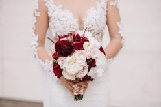 Lace Wedding, Wedding Dresses, Bouquets, Fashion, Bride Dresses, Moda, Bridal Gowns, Bouquet, Fashion Styles