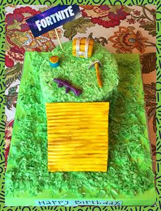 Girlfriend made me a Fortnite birthday cake! She even dropped a Purple SCAR and a Shield Potion! 9th Birthday Parties, 12th Birthday, Birthday Bash, Birthday Wishes, Birthday Cakes, Cute Birthday Ideas, Creative Party Ideas, Valentine Box, Childrens Party