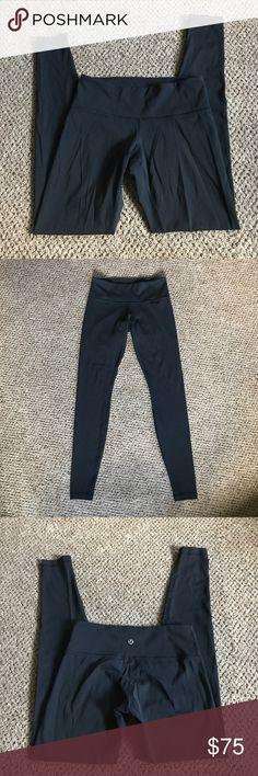 Lululemon wunder under Great condition leggings! Luxtreme material the never pills. Sz 4 lululemon athletica Pants Leggings