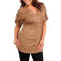 @Overstock.com - This stylish plus size shirt from Stanzino features elegant embroidery at the bust and convertible camper sleeves. A smocked panel at the back and sides creates a flattering silhouette for this mocha-colored collared shirt. http://www.overstock.com/Clothing-Shoes/Stanzino-Womens-Plus-Size-Mocha-Embroidered-Shirt/6725173/product.html?CID=214117 $29.99