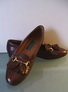 cfa1494310c Cole Haan Woman s Chestnut Horse-bit Tassle Loafers Made in Italy Size 7.5 B  US