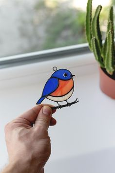 """Stained glass beautiful blue bird on a branch. Bird from line: """"Fat Birds"""". Custom Stained Glass, Stained Glass Birds, Stained Glass Suncatchers, Stained Glass Projects, Stained Glass Patterns, Stained Glass Windows, Glass Wind Chimes, Glass Design, Mosaic Glass"""