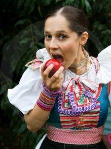 folklormania_vazec1_VZ Folk Costume, Costumes, Gypsy, Modeling, Erotic, Culture, Dance, Women, Fashion