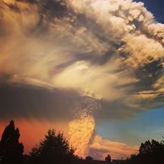 Incredible Pictures From Chile's Calbuco Volcano Eruption - BuzzFeed News