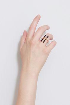 Black glass ring - BEATRIZ PALACIOS jewelry