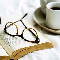 #NaTazzulelle'Caffe un libro e un Moscot ☕️ www.officineottichegroup.it