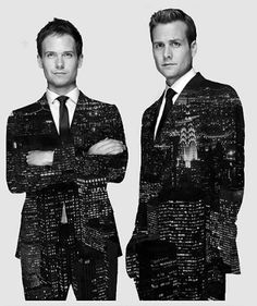 """""""Suits"""" centers on a fast-paced Manhattan corporate law firm led by legendary lawyer Harvey Specter (Gabriel Macht), his intelligent but delicate partner, Louis Litt (Rick Hoffman), and secretary-turned-COO Donna Paulsen (Sarah Rafferty). Serie Suits, Suits Tv Series, Suits Tv Shows, Suits Show, Best Series, Best Tv Shows, Favorite Tv Shows, Suits Usa, Women's Suits"""