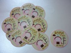 Etiqueta redonda para latinha mint to be personalizada com tema Fazendinha Rosa  www.eliemidocearte.com.br