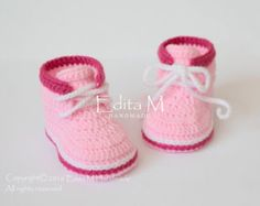 Crochet baby booties baby shoes boots grey gray by EditaMHANDMADE