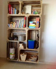 This Pin was discovered by oda Diy 2019, Diy Home Decor Projects, Easy Diy Crafts, Boho Decor, Crates, Home Accessories, Bookcase, Sweet Home, Shelves