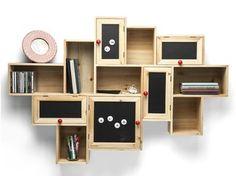 Libreria a parete in abete con cassetti SCHOOLS OUT - KARE-DESIGN