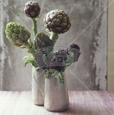 Artichokes as table decoration