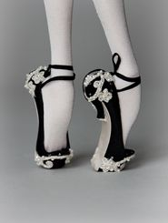 Popovy sisters doll shoes