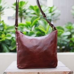 Henk Berg   The Pia bag is a favourite every day bag that is small and stylish   Vegetable tanned leather bag  