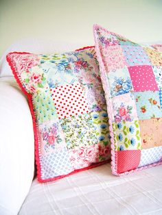 pillow with crochet edge  [from: silly old suitcase]