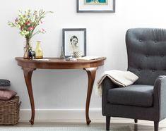 Sideboard aus altem Tisch: Halber Esstisch, doppelter Hingucker – aus einem alten Tisch wird ein extravagantes Sideboard für die Leseecke