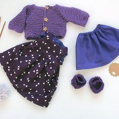 I also made this doll dress set for Leela...