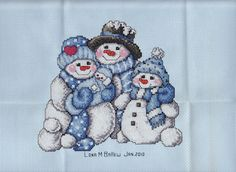 Dimensions Cross Stitch Patterns Free | Counted Cross Stitch Snowman Family Postcard | Flickr - Photo Sharing!