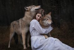 Image discovered by dreamer. Find images and videos about girl, beautiful and photo on We Heart It - the app to get lost in what you love. Wolf Spirit, Spirit Animal, Wolf Pictures, Animal Pictures, Story Inspiration, Character Inspiration, Wolves And Women, Witch Aesthetic, Werewolf