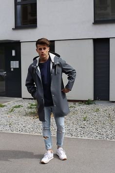 Friday Outfit for Men - Windy