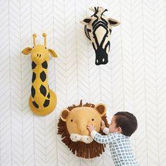 Mounted safari animal heads (lion, zebra, giraffe) from Serena & Lily - adorable in a modern safari nursery Creative Baby Gifts, Diy Baby Gifts, Baby Decor, Kids Decor, Baby Mirror, Baby Stuffed Animals, Safari Nursery, Giraffe Nursery, Design Blog