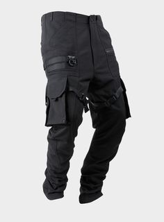 NAMEStability Paratrooper Cargo Pants 06   CATEGORYPANTS   TEXTILE 100% Nylon ( ECOYA® )└ Ripstop Fabric   SIZES / M / L / XL   SIZE GUIDE185cm / 72kg : Large       SPECIFICS Durable Water Repellent Treatment Intersecting Seams Articular Constructions Right Molle System Multiple Pockets / Compartments    COMPARTMENTS Slide Pockets [2] Left Zipper Pocket [1] Cargo Pockets [4] Rear Welt Pockets [2]   HARDWARE VISLON® YKK Zipper [1] YKK Automatic Lock Zipper [1] POM ...